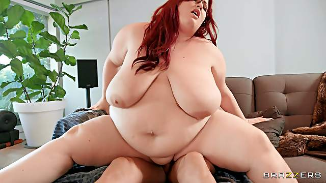Fat mature slut Eliza Allure gets fucked in her juicy fuck hole
