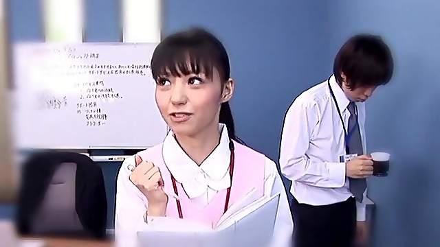 Japanese nurse Aino Kishi drops on her knees to suck a dick