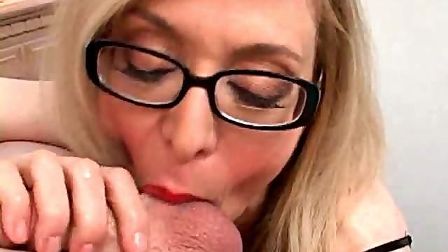 Close up blowjob from mom Nina Hartley