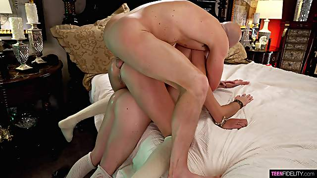 Excellent cock sharing anal threesome for two elegant chicks