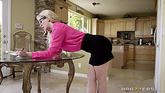 Busy Cherie Deville has to finish her job while getting fucked
