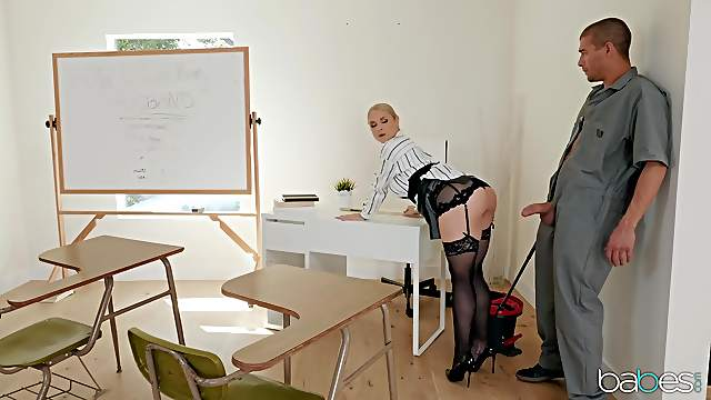 Teacher Sarah Vandella in stockings spreads her legs for a fat cock