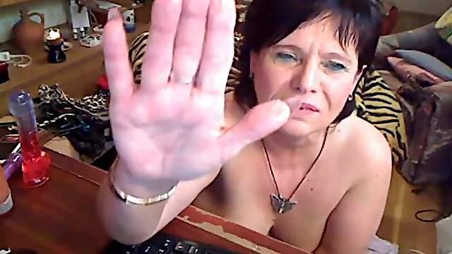 Fat granny with vibrator