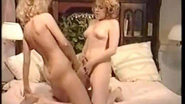 Two blonde hermaphrodite fucks
