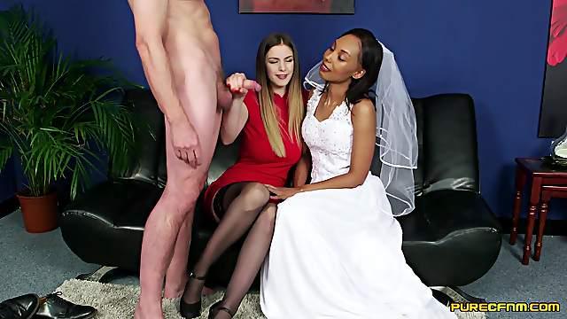 Video of naughty Sade Rose and Stella Cox sucking one manhood
