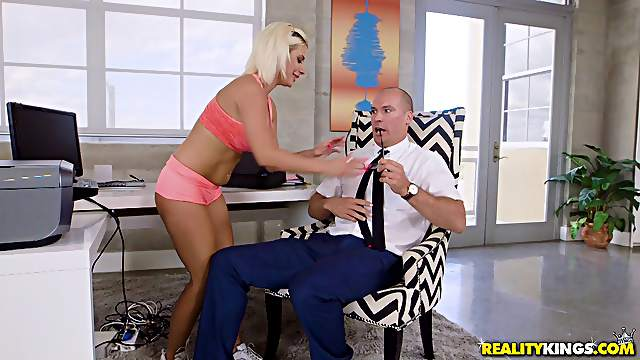 Sara St Clair having her shaved coochie dicked by Sean Lawless