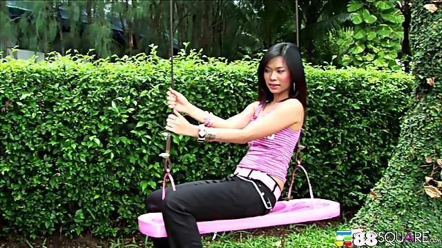 Thai hooker Ae Marikarn drops her clothes for a MMF threesome