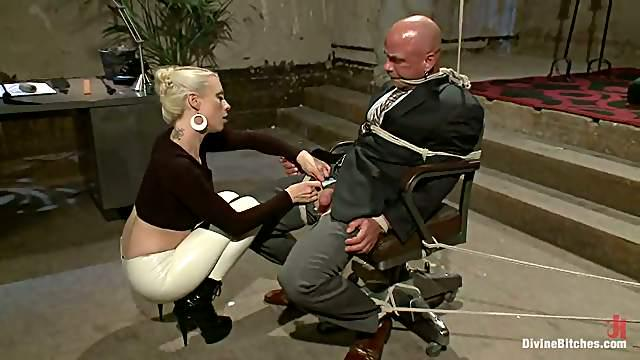 Lorelei Lee Strapon Fucks and Dominates a Bald Man in Femdom BDSM Vid