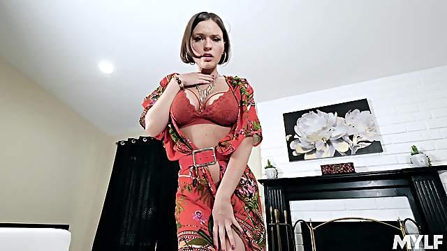 Kinky POV masturbation encouragement and JOI with playful Krissy Lynn
