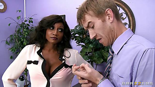 Ebony mature wants guy's huge dick with any cost
