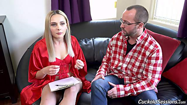 Full hard sex in cuckold home tryout