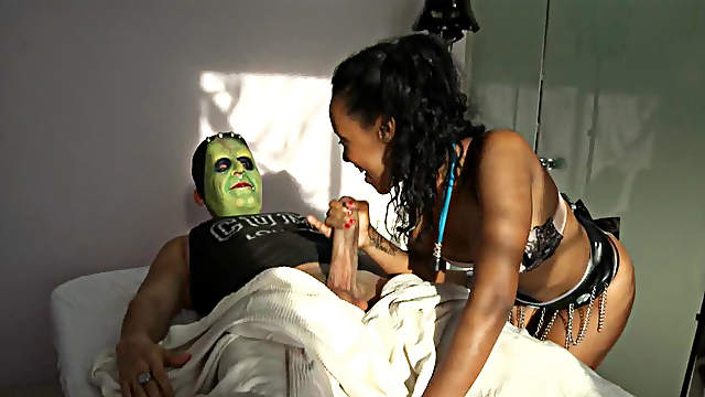 Ebony NoeMilk with small tits wants more fun