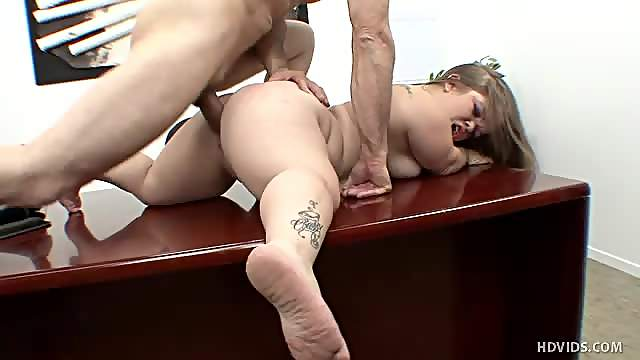 Midget in the office fucked by employee