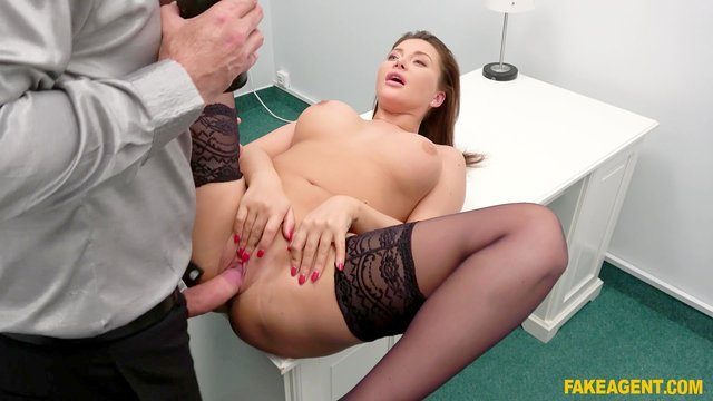 Pussy pumped during her casting audition
